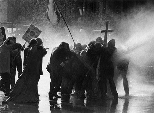 Bildergebnis für Osterunruhen 1968 Berlin Kurfürstendamm